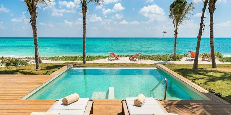 "Get $100 in resort credit when you book a 3-night-stay at the Andaz Mayakoba Resort Riviera Maya. Travel dates: Now through Oct. 31. <a href=""https://www.travelzoo.com/local-deals/International/Getaway/278419/Andaz-Mayakoba/?dlocId=1630"" target=""_blank"">Visit the deal</a>."