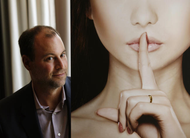 The Ashley Madison hackers claim to have tons of nude pics