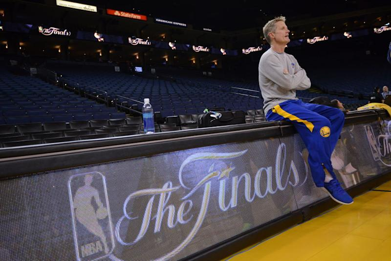 Warriors head coach Steve Kerr watches and waits. (Noah Graham/NBAE/Getty Images)
