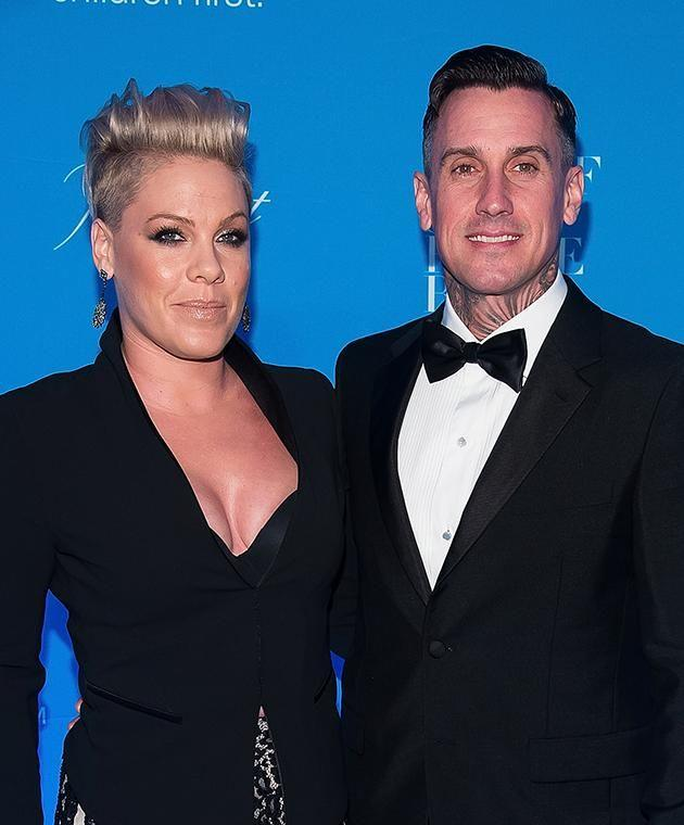 Pink and Carey Hart have slashed the price of their Malibu mansion.