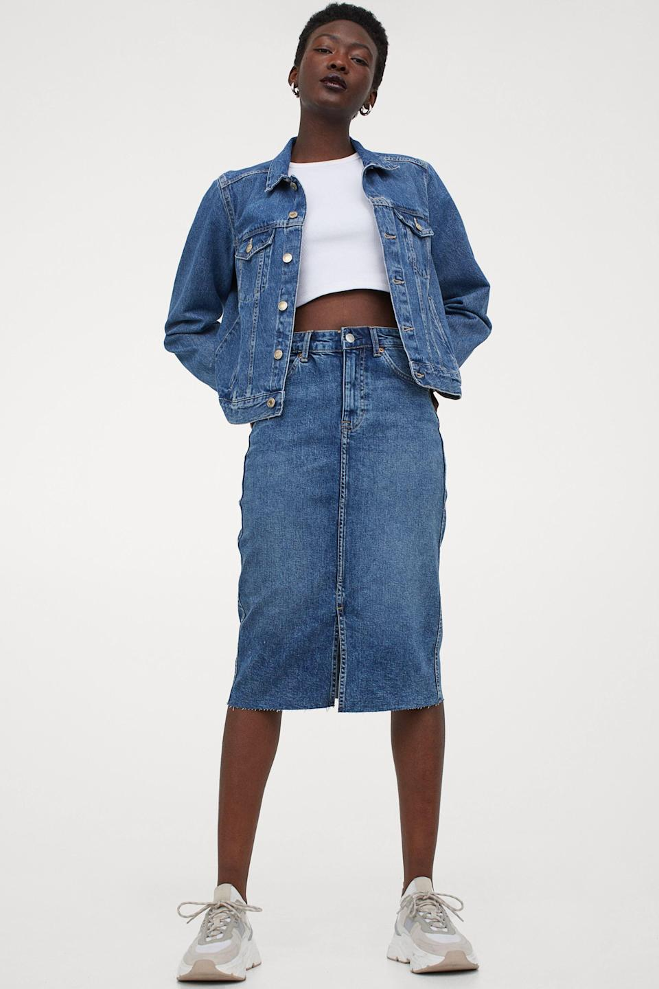 """<p><strong>H&M</strong></p><p>hm.com</p><p><strong>$19.99</strong></p><p><a href=""""https://go.redirectingat.com?id=74968X1596630&url=https%3A%2F%2Fwww2.hm.com%2Fen_us%2Fproductpage.0905132002.html&sref=https%3A%2F%2Fwww.prevention.com%2Fbeauty%2Fstyle%2Fg37148346%2Fbest-jean-jackets-for-women%2F"""" rel=""""nofollow noopener"""" target=""""_blank"""" data-ylk=""""slk:Shop Now"""" class=""""link rapid-noclick-resp"""">Shop Now</a></p><p>""""The nice thing with jean jackets is that they don't have to be from a high-end designer to give a great look,"""" says Brown. And this <strong>H&M option only costs $20</strong>, is made partly from recycled cotton, and comes in three colors (light wash, denim blue, and black.) You can't go wrong with this pick!</p>"""