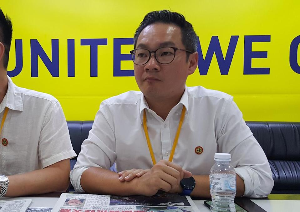 SUPP Youth chief Michael Tiang questioned the Health Ministry for the delay of 10 days in making public the death of a 16-year old girl in Sarawak from rabies infection. — Picture by Sulok Tawie