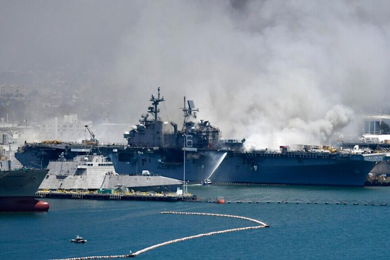 17 Sailors, 4 Others Injured in Fire Aboard Ship at US Naval Base in San Diego