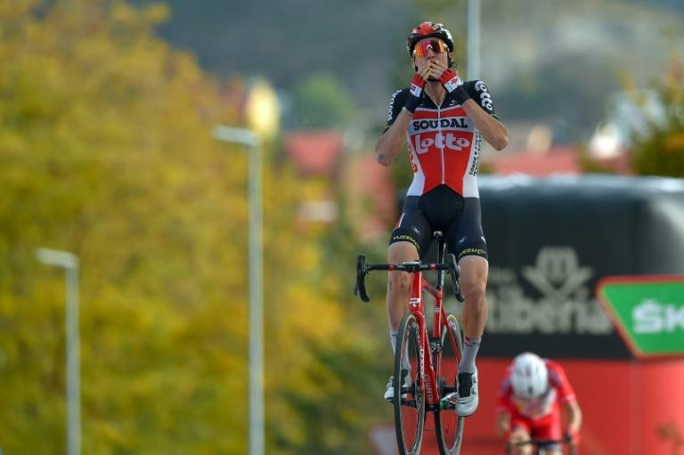 Tim Wellens was too strong for Guillaume Martin in the final sprint at Sabinanigo
