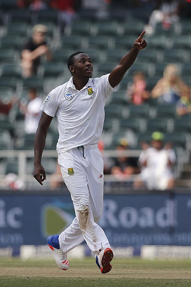 <p>South Africa fast bowler Kagiso Rabada (base price Rs 1 crore) bought by Delhi Daredevils for Rs 5 crore. </p>