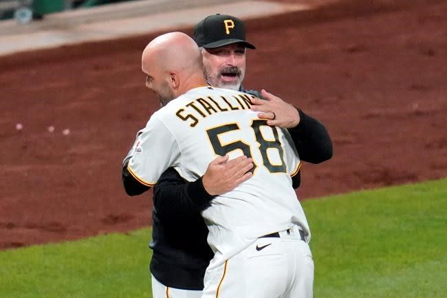Hayes' sparkling arrival gives Pirates something to build on