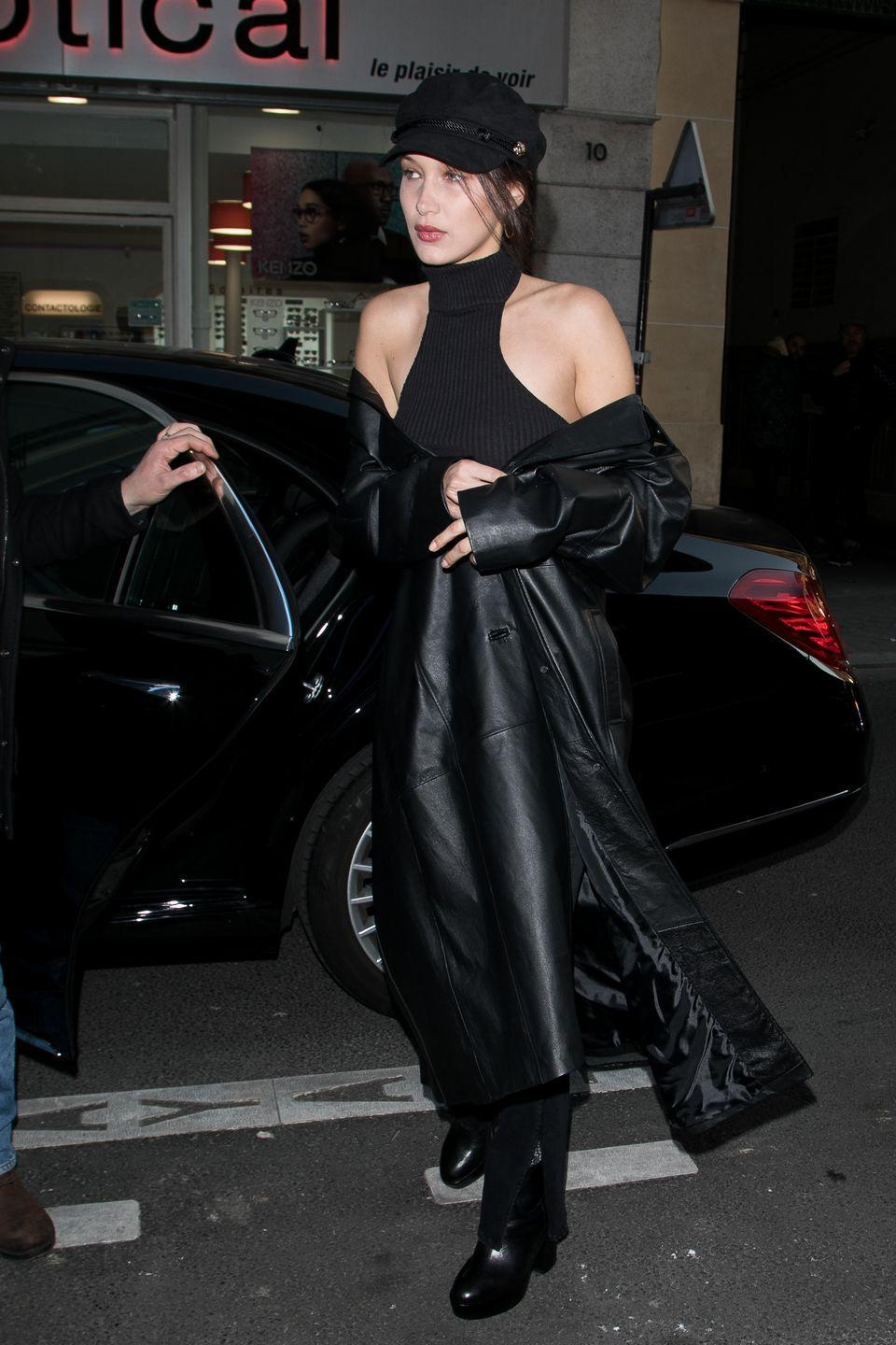 <p>Bella wore an all-black outfit during a trip out in Paris, January 2017</p>