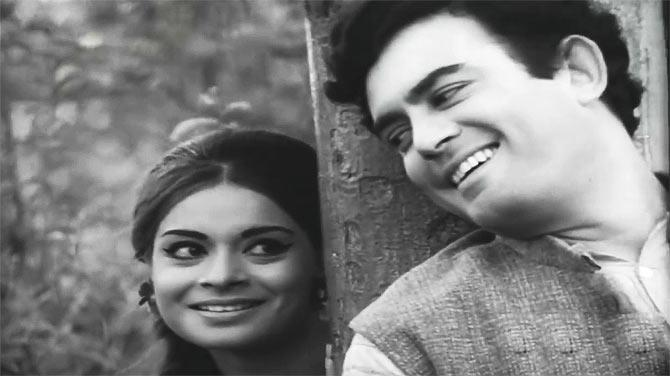Rehana and Sanjeev Kumar in Dastak