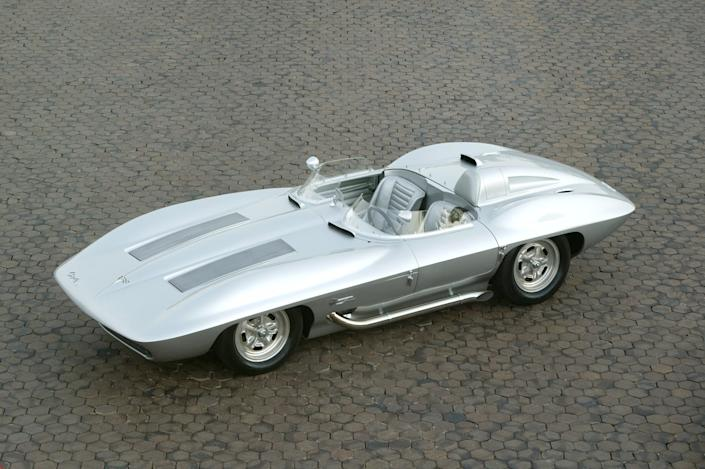 1959 Corvette Stingray racer.