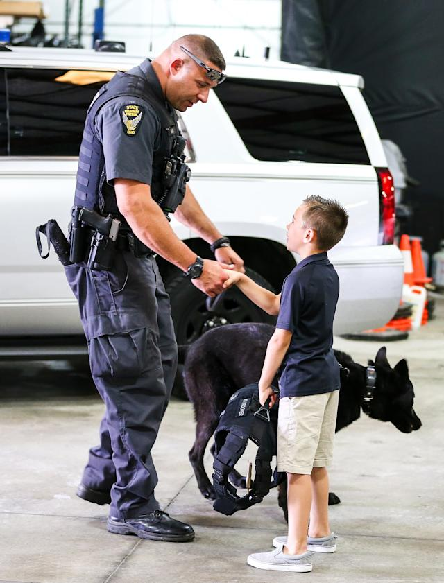 Inspiring 10-Year-Old Raises Fund to Buy Bulletproof Vests for Police Dogs  Across the Country