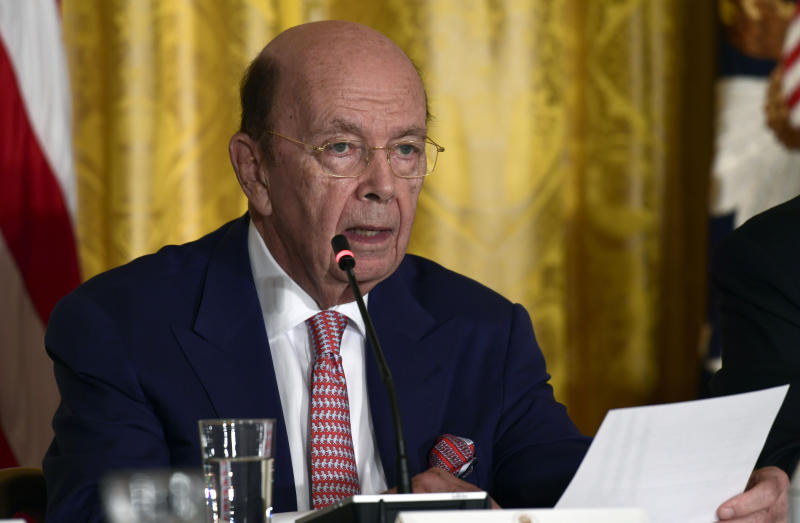 Commerce chief denies transactions involved insider trading
