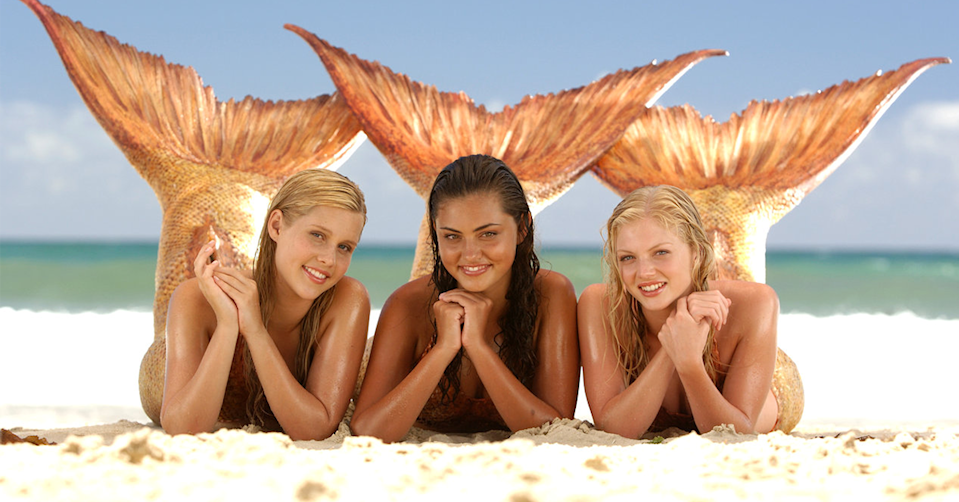 Claire Holt, Phoebe Tonkin and Cariba Heine in H2O: Just Add Water.