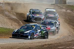 Petter Solberg completed qualifying for the World Rallycross Championship season-opener at Barcelona on top, as his fellow World Rally champion Sebastien Loeb had very different fortunes