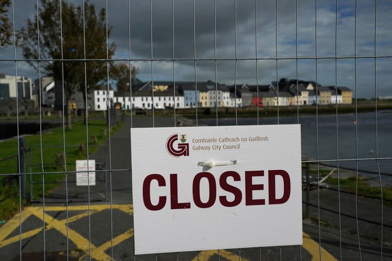 Ireland sees sharp rise in COVID-19 jobless claims if curbs tightened