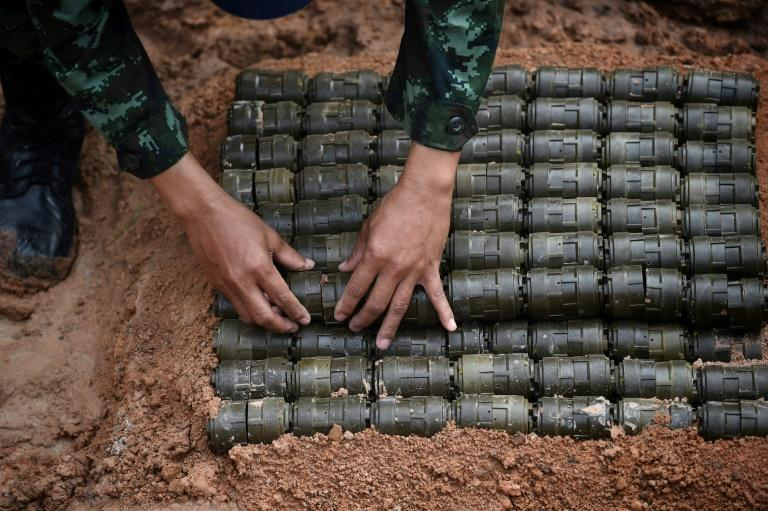 The border between Thailand and Cambodia is still littered with landmines (AFP Photo/Lillian SUWANRUMPHA                )