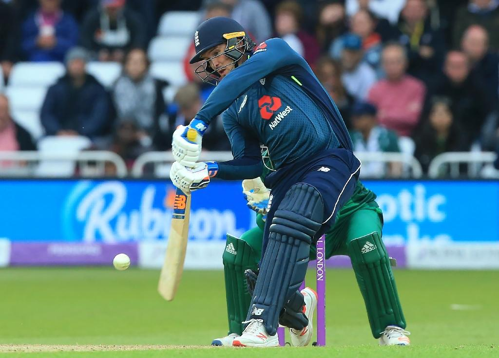 Sleepless - Jason Roy put a tough night behind him by hitting 114 against Pakistan at Trent Bridge on Friday (AFP Photo/Lindsey PARNABY)