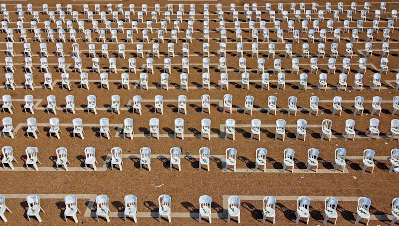 Chairs installed at Tel Aviv's Rabin Square to symbolise the 1,000 coronavirus deaths in Israel, on September 7. (Photo: JACK GUEZ via Getty Images)