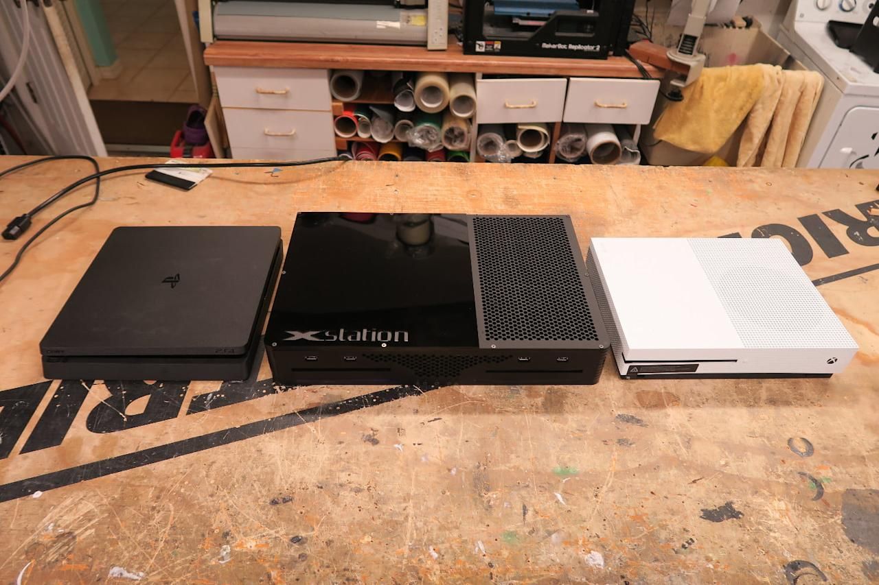Noted console modder Ed Zarick returns with a new project that attempts to merge the Xbox One with the PlayStation 4, a truly impressive feat of technical skill that he dubbed the Xstation.