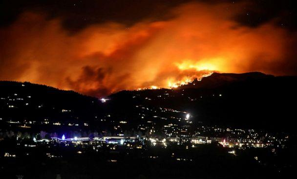 PHOTO: The Cameron Peak Fire, the largest wildfire in Colorado's history, burns outside Estes Park, Colorado, Oct. 16, 2020. (Jim Urquhart/Reuters)