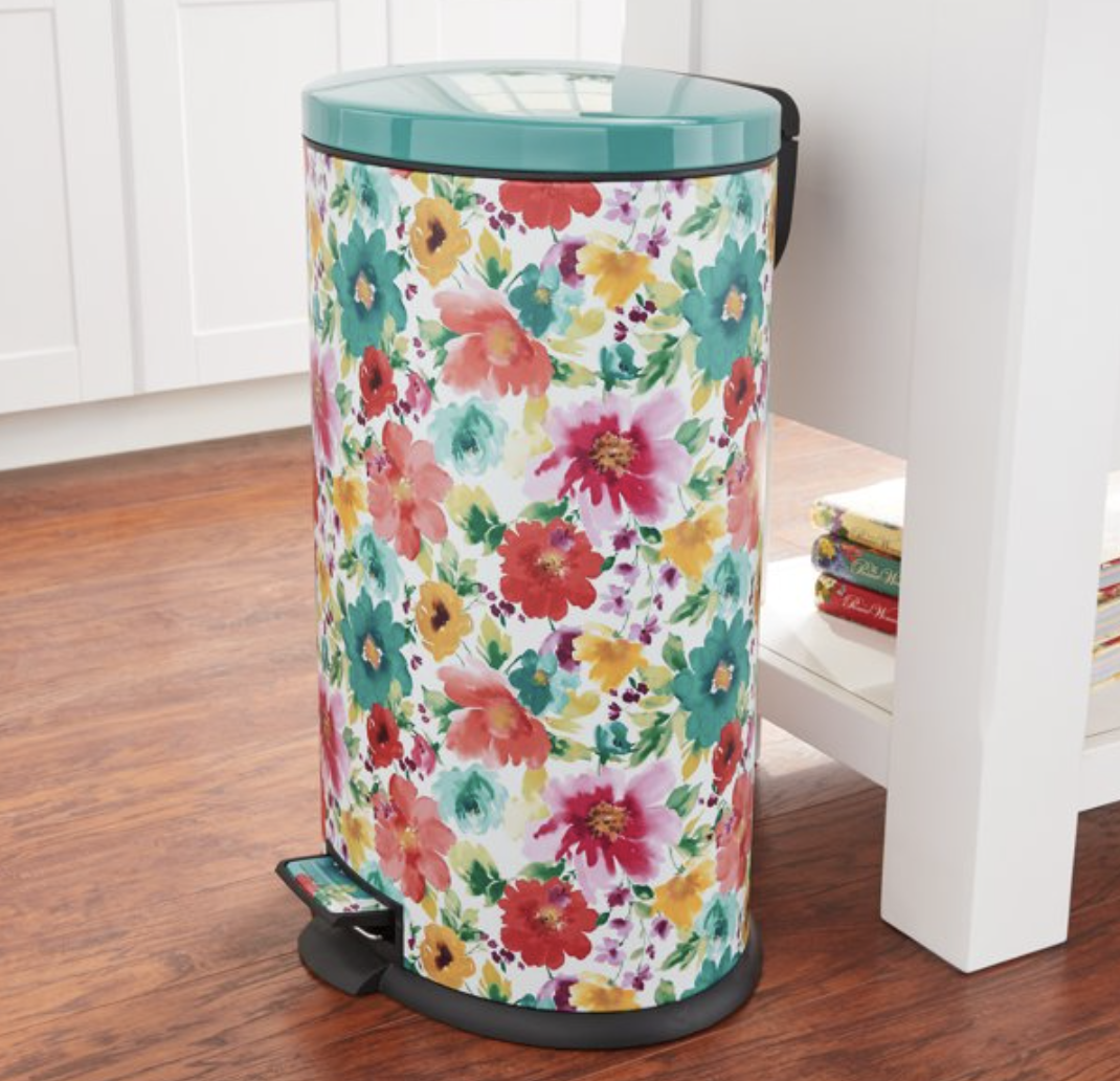 We'll say it now: This is the prettiest trash can ever. (Photo: Walmart)