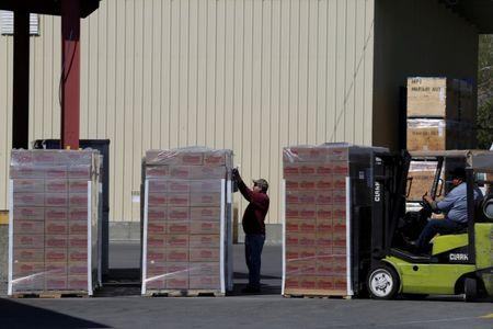 FILE PHOTO: Nuts are seen being prepared for shipment at the Mariani Nut Company in Winters, California, U.S. April 2, 2018.   REUTERS/Elijah Nouvelage/File Photo