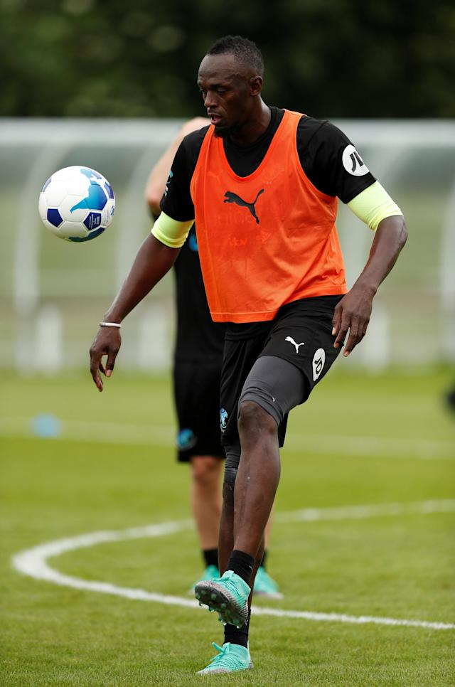 Soccer Football - England & Soccer Aid World XI Training - Motspur Park, London, Britain - June 7, 2018 Soccer Aid World XI's Usain Bolt during training Action Images via Reuters/Andrew Boyers