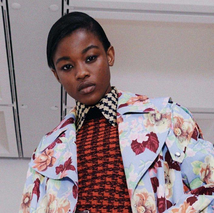 <p>There seemed to be a bit of a decades trend at this season's NYFW presentations, and Victoria Beckham adds to it with the 90s inspired hair of blunt fringes, wavy texture, and all-over shine. Described as a Lived in luxe the looks were created using ghd products and styling tools.</p>