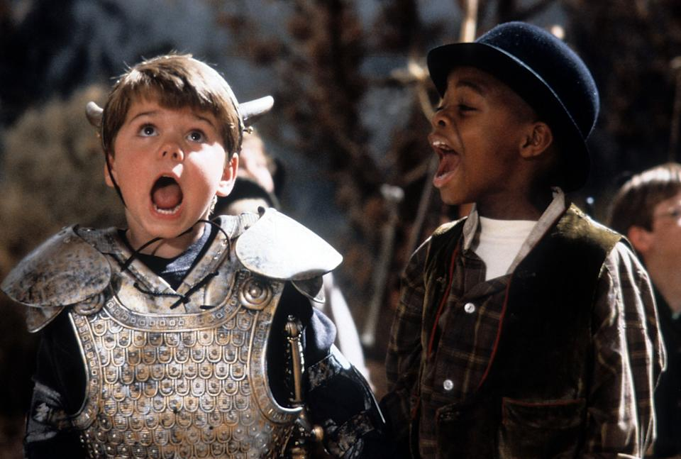 Travis Tedford and Kevin Jamal Woods yelling in a scene from the film 'The Little Rascals', 1994. (Photo by Universal Pictures/Getty Images)
