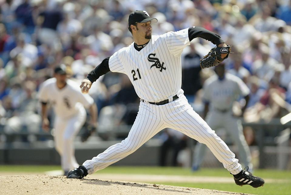 CHICAGO - JUNE 27:  Pitcher Esteban Loaiza #21 of the Chicago White Sox delivers against the Chicago Cubs during the interleague game at U.S. Cellular Field on June 27, 2004 in Chicago, Illinois. The White Sox defeated the Cubs 9-4. (Photo by Ron Vesely/MLB Photos via Getty Images)
