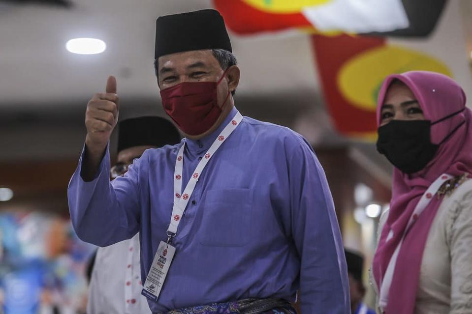 Launching Umno Youth, Wanita and Puteri wings' annual general assembly (AGMs) this morning, Tok Mat as he is popularly known seemed to be signalling the party's readiness to go forward . ― Picture by Hari Anggara