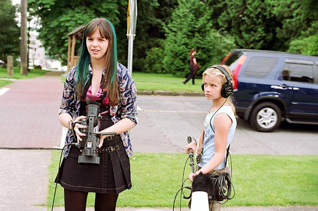 "Jenna Boyd and Amber Tamblyn in ""The Sisterhood of the Traveling Pants."" (Photo: Everett Collection)"