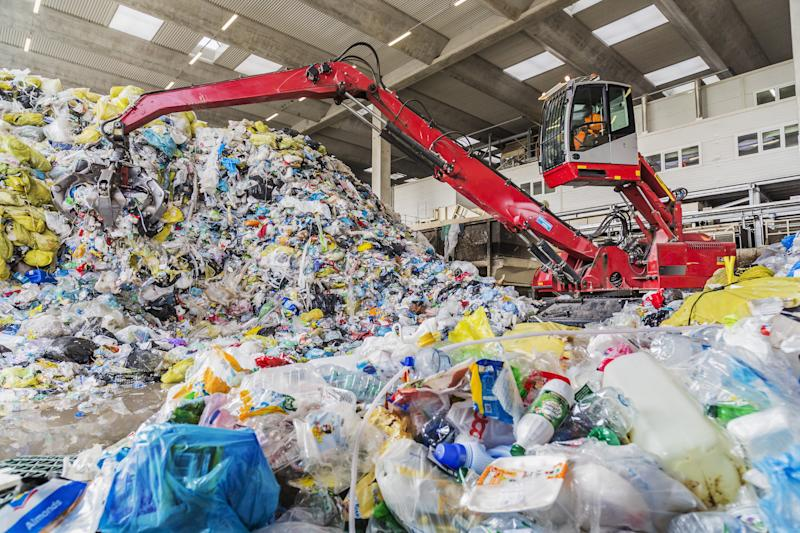 Mechanical grabber moving selected plastic ready for the final selection before recycling