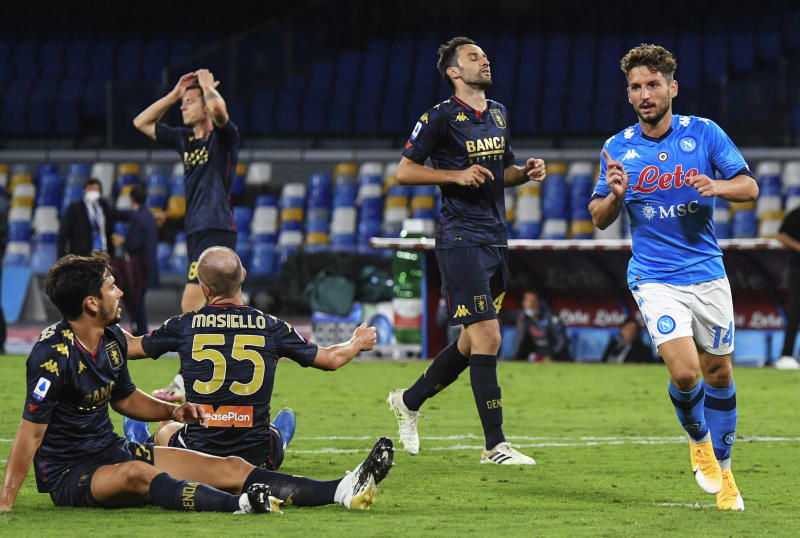 SAN PAOLO STADIUM, NAPLES, CAMPANIA, ITALY - 2020/09/27: Napoli's belgian striker Dries Mertens celebrates after scoring a goal as Genoa's players react during the Serie A football match SSC Napoli vs Genoa CFC. Napoli won 6-0. (Photo by Salvatore Laporta/KONTROLAB/LightRocket via Getty Images)