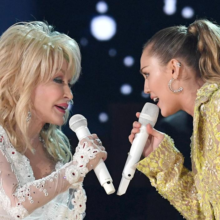 TOPSHOT-US-ENTERTAINMENT-MUSIC-GRAMMY-SHOW (Robyn Beck / AFP via Getty Images)