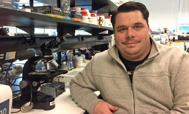 Dr. Craig Jenne is an associate professor of microbiology, immunology and infectious diseases at the University of Calgary.