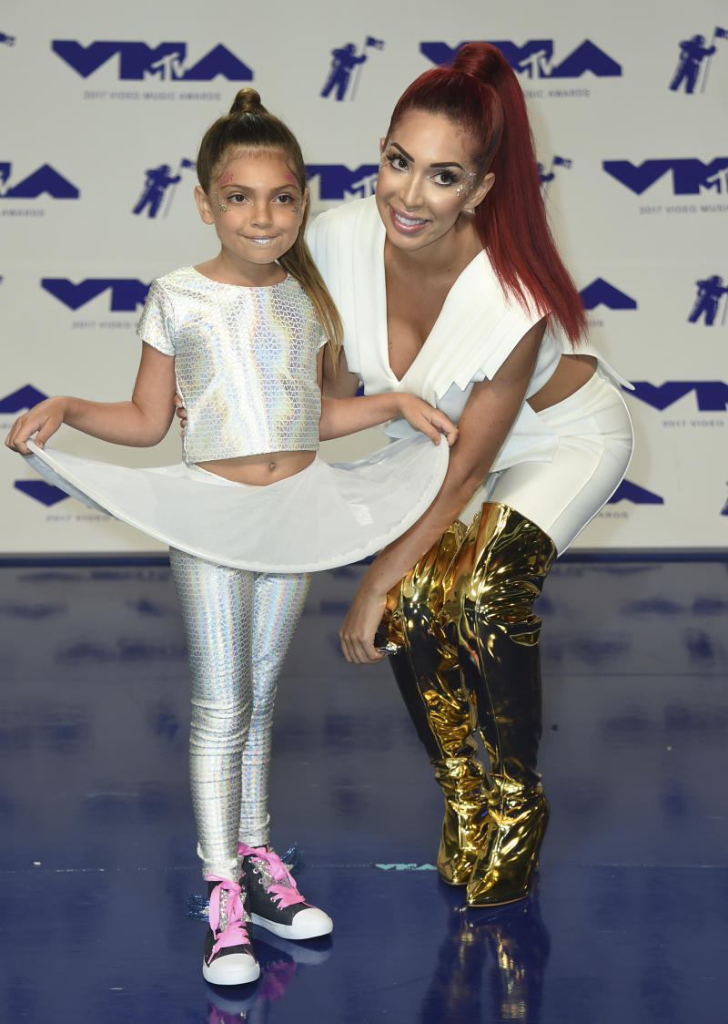 Farrah and her daughter Sophia