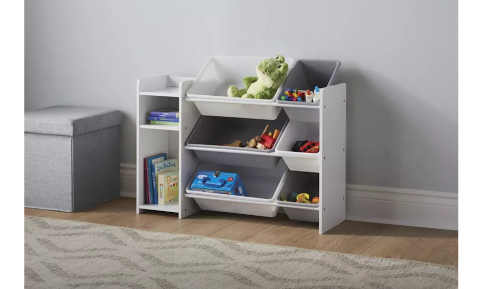 """<p>Organizing your home can feel overwhelming if you try to do it all at once, so start small by tackling one cupboard or closet at a time. Utilize handy stackable organizers like <a href=""""https://www.canadiantire.ca/en/pdp/the-home-edit-by-idesign-mini-2-drawer-organizer-0636333p.html?utm_source=vrz&utm_medium=display&utm_campaign=10009368_21_CTS_JNJ_FALL&utm_content=10009368_21_CTS_JNJ_FALL_EN_VRZ_CONS_TR_CAN_UTM_1x1_Comfortable%20Home"""" rel=""""nofollow noopener"""" target=""""_blank"""" data-ylk=""""slk:The Home Edit by iDESIGN Mini 2-Drawer Organizer"""" class=""""link rapid-noclick-resp"""">The Home Edit by iDESIGN Mini 2-Drawer Organizer</a><strong>, </strong>which are great for organizing office supplies or bathroom essentials. If you have kids with a toy collection that seems to keep growing and growing, the <a href=""""https://www.canadiantire.ca/en/pdp/for-living-6-bin-organizer-1680082p.html?utm_source=vrz&utm_medium=display&utm_campaign=10009368_21_CTS_JNJ_FALL&utm_content=10009368_21_CTS_JNJ_FALL_EN_VRZ_CONS_TR_CAN_UTM_1x1_Comfortable%20Home"""" rel=""""nofollow noopener"""" target=""""_blank"""" data-ylk=""""slk:For Living 6-Bin Organizer"""" class=""""link rapid-noclick-resp"""">For Living 6-Bin Organizer</a> is an easy, practical way to keep toys contained to one area. The open storage bins also make it easy for kids to retrieve their toys—and put them away once playtime's over.</p>"""