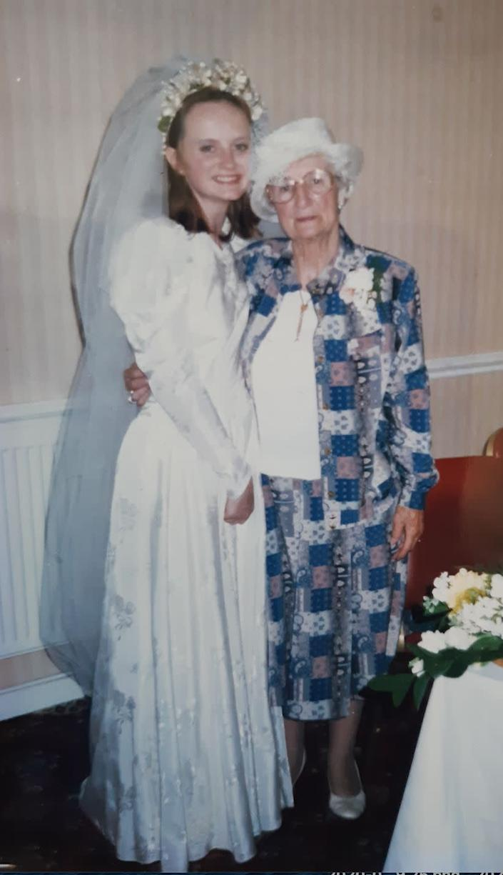 Sarah and her nan in 1997. (Photo: Sarah Lamsdale)