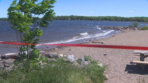 The deputy minister gave an update on the investigation into possible blue-green algae in Grand Lake. (Paul Palmeter/CBC - image credit)