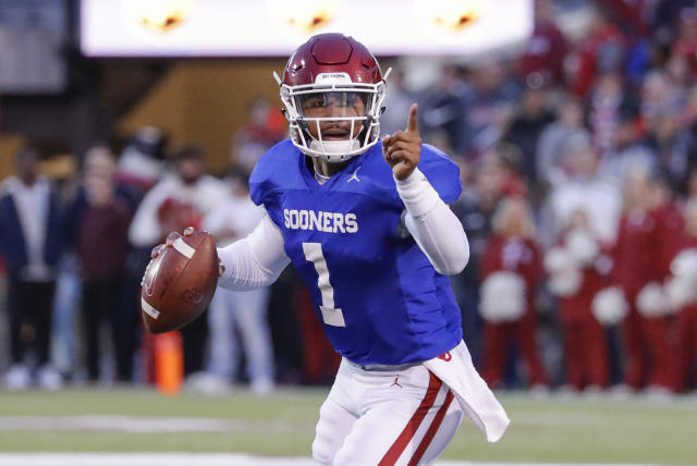 Oklahoma Sooners quarterback Jalen Hurts (1) gestures during the spring football game at Gaylord Family Oklahoma Memorial Stadium. (Credit: USAT)