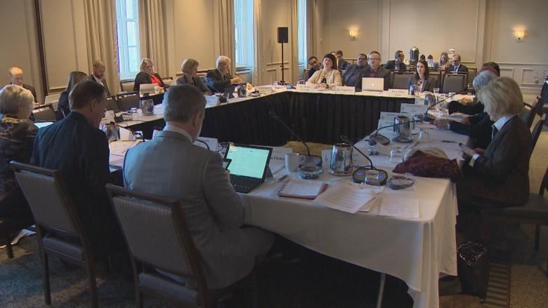 Doctors plead with Senate committee to protect their income amid tax changes