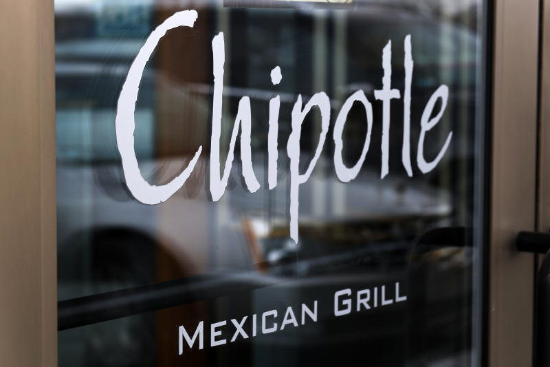 Chipotle plans first price hike in 3 years