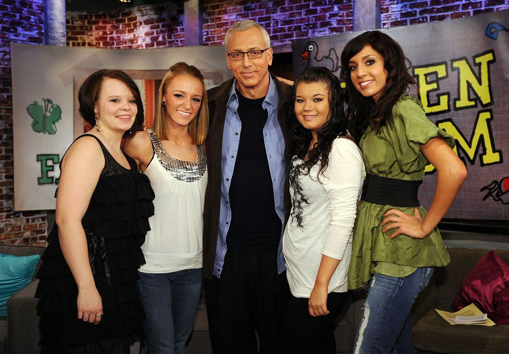"Catelynn Lowell, Maci Bookout, Dr. Drew Pinski, Amber Portwood, and Farrah Abraham from Season 1 of ""Teen Mom.""<br><br>Tune in Tuesday, 8/28 for the series finale of ""Teen Mom"" at 10 PM on MTV."