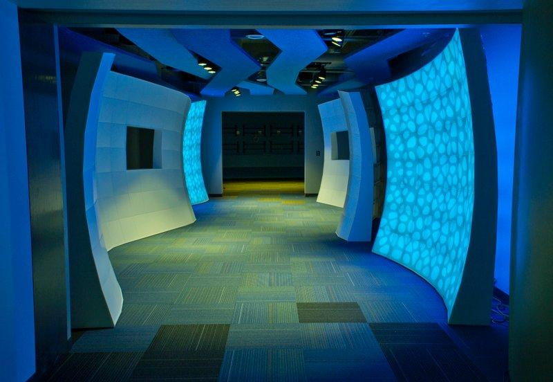 Seeyond Features Lighting, Mobility in Installations of Office Walls