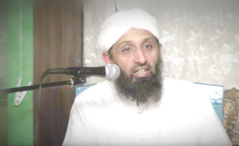 Shaykh Yunus Dudhwala said that no British mosques promote extremism or violence