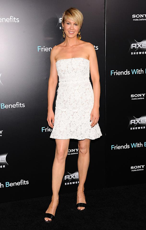 """<a href=""""http://movies.yahoo.com/movie/contributor/1800018910"""">Jenna Elfman</a> at the New York City premiere of <a href=""""http://movies.yahoo.com/movie/1810167524/info"""">Friends With Benefits</a> on July 18, 2011."""