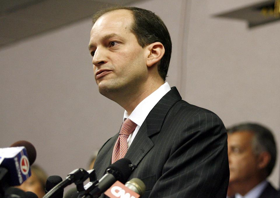 File Photo: U.S. Attorney R. Alexander Acosta holds a news conference in Miami, Florida, June 23, 2006. REUTERS/Marc Serota/File Photo