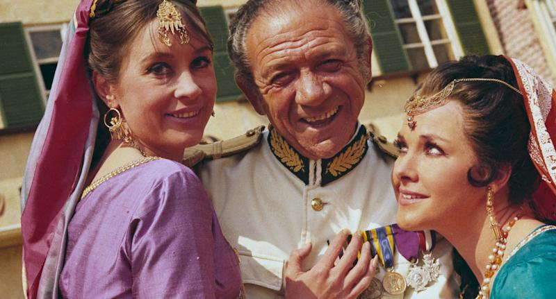 British actor Sid James (1913 - 1976) during the filming of 'Carry On Up the Khyber', 1968. (Photo by Keystone/Hulton Archive/Getty Images)