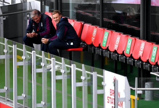 England captain Joe Root (right) and head coach (Chris Silverwod) must choose the final XI.