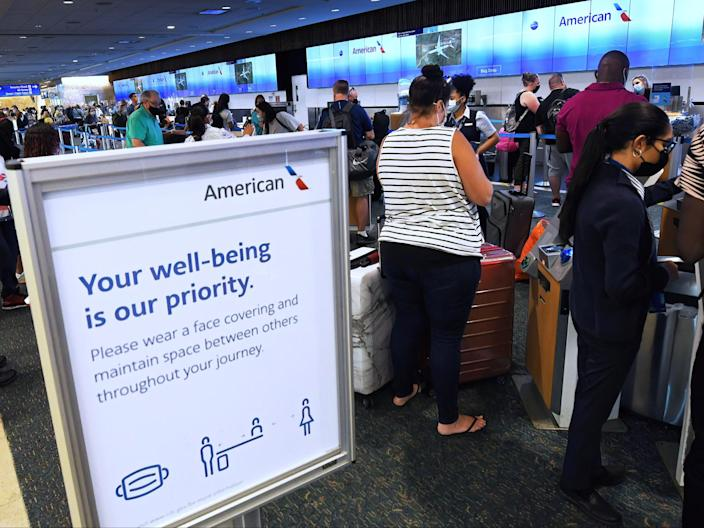<p>Passengers waiting in line for an American Airlines flight </p> (Paul Hennessy/SOPA Images/Shutterstock)